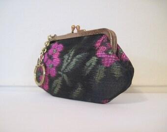 Black Violet - vintage 1950s Jacquard and Gold Kisslock Change Purse with attached Keyring