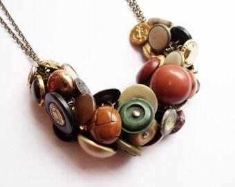 Antique button charm necklace, vintage, brass, shank, unique, ooak, military, buttons, metal, boutones, knopf, botones, ww1, ww2