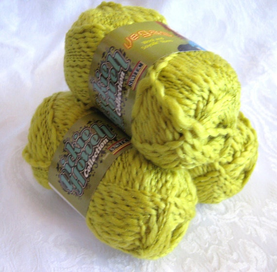 soy silk Wool blend yarn, golden mustard yellow with metallic sparkle, SWTC Vegas, worsted weight