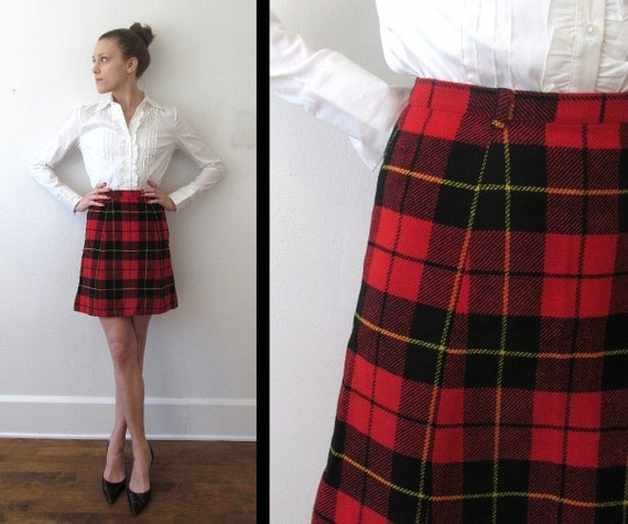 Shop for girls red plaid skirt online at Target. Free shipping on purchases over $35 and save 5% every day with your Target REDcard. skip to main content skip to footer. Girls' Pull on Plaid Skirt - art class™ Black/White.