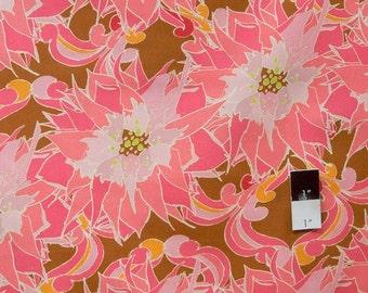 Tina Givens PWTG139 Starflakes & Glitter Poinsettia Run Chocolate Cotton Fabric 1 Yard
