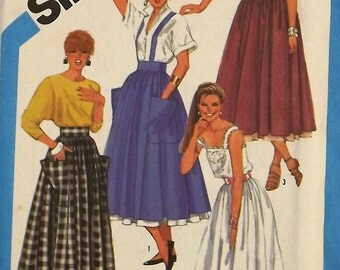 Vintage 80's Sewing Pattern, Skirt and Petticoat, Size 10