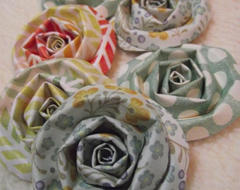 Scrapbook Flowers...6 Piece Set of Very Shabby Chic Sweetest Thing Scrapbook Paper Flower Rolled Roses