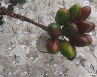 12 Millinery Green And Brown Ombre Acorns From Austria