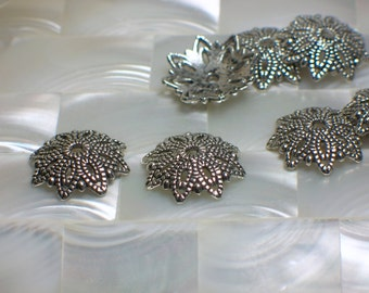 4pcs Bead Caps, Lacy Caps, Pewter Bead Caps, Jewelry Findings, Silver tone, Antiqued Silver, Jewelry Supplies, Jewellery Supplies