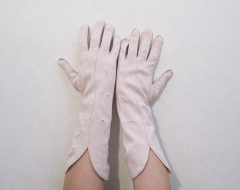 Pink Gloves Vintage 50s Handstitched Embroidered Cutouts Cotton Pastel