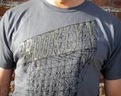 Men's Brooklyn Sign Tee in Grey
