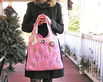 Pink Passion Frenzy – A Large Quilted Bag Loaded with Color and Perfect for Spring and Summer