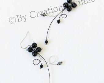 black flower earrings, mother gift, christmas gift idea, bridesmaids earrings, wedding jewelry, floral earrings, funky handmade earrings