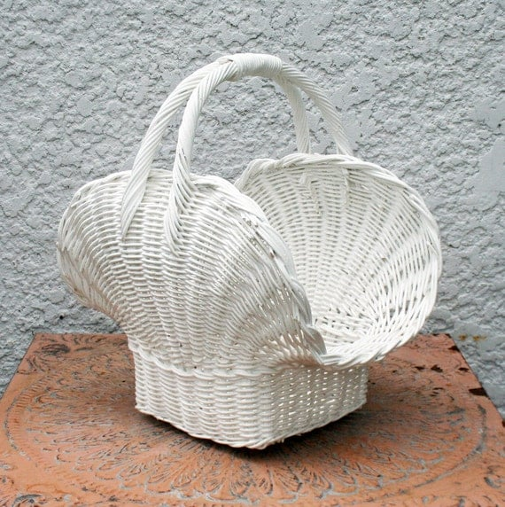 Wicker baskets with handles white : Cool flared white wicker basket with handle shell shaped