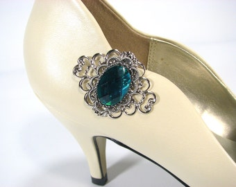 Emerald Green Shoe Clips with Silver Filigree 1 Pair Perfect Wedding Party Accessories