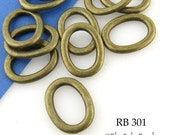 20mm Antique Brass Bronze Oval Jump Ring Thick Connector Closed (RB 301) 10 pcs BlueEchoBeads