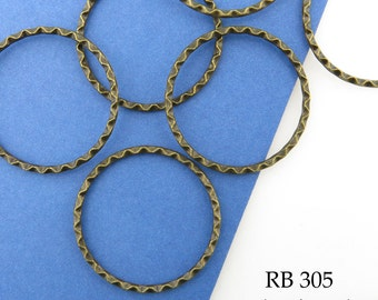 32mm Antique Brass Antique Bronze Jump Ring Wavy Edge Connector Closed Large (RB 305) 5 pcs BlueEchoBeads