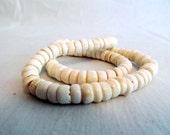 Vintage  Genuine Puka Shell Hawaiian Necklace