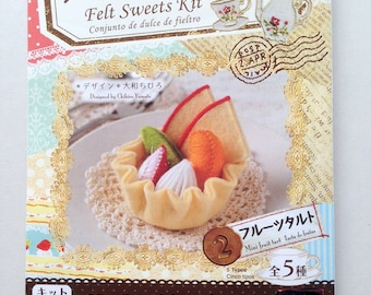 Cake, Felt Kit, DIY, craft kit, fruit tart, food, play food, dessert, strawberry, sew, toy, children, kid, craft, needle, soft, thread, cute