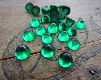 Vintage Cabochon 7x4mm High Dome Cabochon Emerald (8)