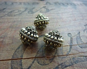 Antiqued Gold Bead Ornate Filigree Beads Metal Bead Unique Beads (2) IG429