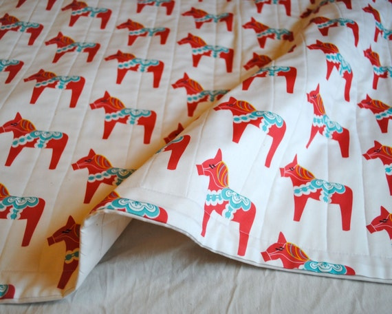 ORGANIC Baby Quilt- Dala Horses in Red, Baby Quilt, Organic Quilt, Organic Baby Bedding, Crib Quilt