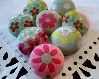 Pretty Floral Covered Buttons - Camden Fair Floral Fabric-Covered Buttons - Alexander Henry Fashionista Fabric Buttons