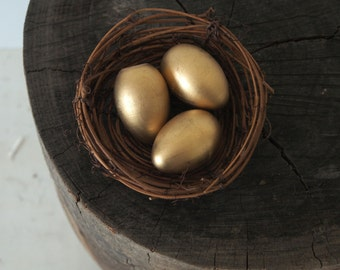 Golden Nest, Gold Easter Eggs, Natural Home Decor, Nature Decorations, Fairytale Wedding, Spring Nature Table Display, Rustic Woodland Metal