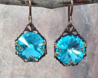 Vintage style aqua rivoli earrings