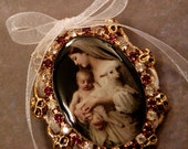 L'Innocence Convertible Brooch Pin // Bouguereau Pre-Raphaelite Vintage Image // Madonna Child Virgin Mary & Jesus // Rhinestone Filigree
