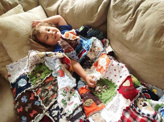 Memory Quilt Throw, Rag, Made with your Clothing, Tshirt Quilt, Baby Clothing Quilt, Teens, Children, Monogram Clothing Quilt