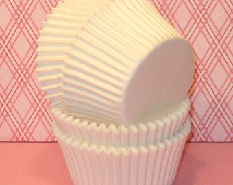 Designer White Heavy Duty Cupcake Liners   (40) White Heavy Duty Cupcake LIners, White Cupcake Liners, White Muffin Cups