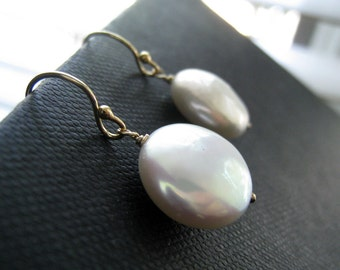 Bridesmaid pearl earrings, set of 3 white pearl dangle earrings, Bridesmaid jewelry, Bridal party gifts, weddings
