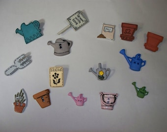 15 Gardening   Buttons, Lot 2321 (Free US Shipping)