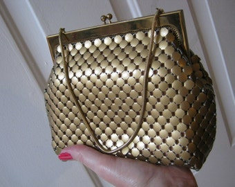 Vintage matte brass/bronze metal mesh bag, small matte goldtone boxy evening bag, brasstone mesh bag Whiting and Davis