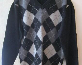 Vintage classic argyle men's sweater, preppy mens black cotton sweater, black grey argyle pattern V neck sweater Arrow size L or XL