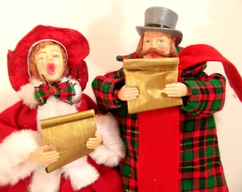 Vintage Victorian Style Christmas Carolers