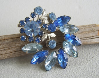 Vintage Brooch, Sapphire Brooch, Aquamarine Brooch, Blue Rhinestones, Blue Brooch, Large Brooch, Mid Century, September, March, Birthstone