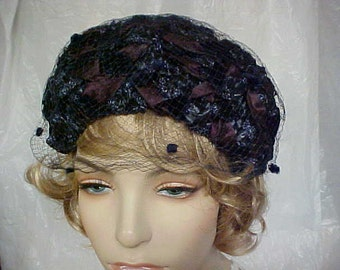 SALE.    60's Navy Blue straw fascinator hat with maroon ribbon woven through out.  - has union label
