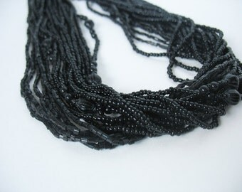 Torsade Multi Strand Glass Beaded Necklace 70's Black