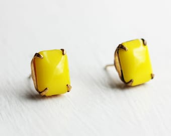 Yellow Rectangle Studs, Yellow Studs, Colorful Studs, Yellow Stud Earrings, Yellow Earrings, Emerald Cut Studs, Rectangle Studs