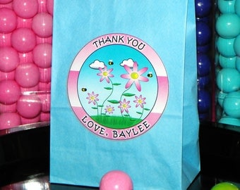 Flower Themed Party Goody Bags W/Sticker Seals - Flower Party. Flower Favor Bags.  Flower Birthday or Baby Shower. Bee Gift Bags. Pick Size
