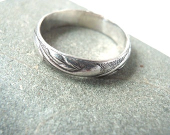 Sterling Silver Ring With Pattern Size 6 and half