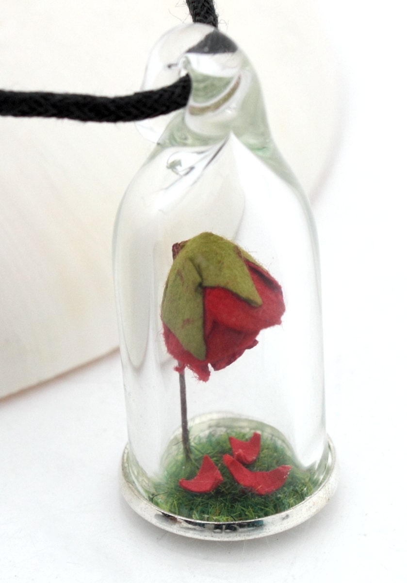 enchanted red rose terrarium glass dome pendant with green. Black Bedroom Furniture Sets. Home Design Ideas