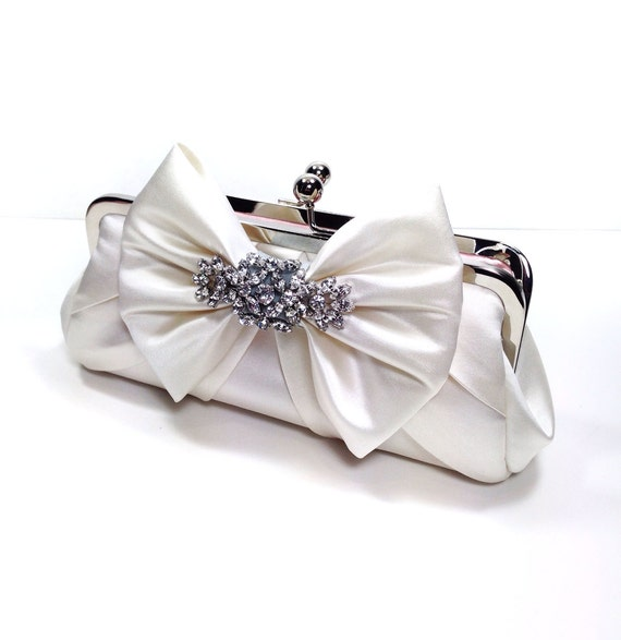 SALE Ready To Ship - Bella Bow Bridal Clutch - Light Ivory - wedding purse