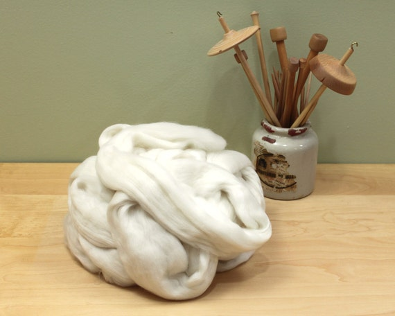 Superfine Merino Wool Roving (Combed Top) - Undyed Fiber for Spinning or Felting (8oz)