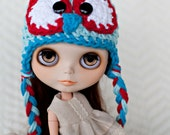 Aqua and Red Owl Hat for Blythe Dolls