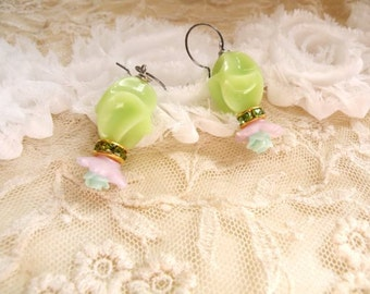 recycle green dangle earrings flower feminine upcycle jewelry