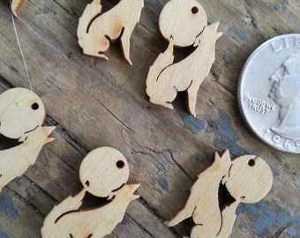 Coyote Howling at Moon Laser Cut Wood Pendant - One Piece - Stock No. DESIGN9