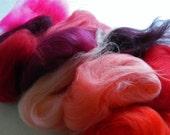 Merino wool roving, reds, felting fibers, wool roving, 21,5 microns, 30-33 gram pack,  12 colors