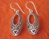 Balinese silver 925 dangle earrings with floral design / sterling silver / Bali Handmade Jewelry