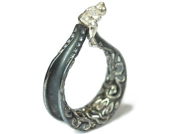 Single Figure Ring
