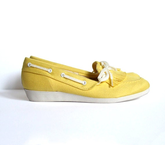 items similar to vintage size 5 5 canvas shoes yellow slip