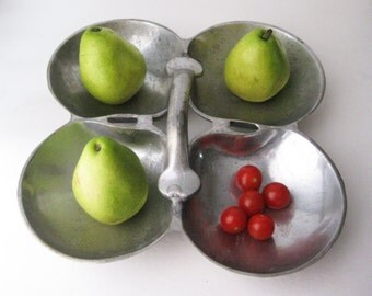 Unique Divided Metal Tray
